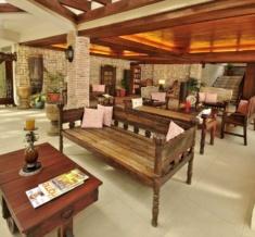 The Foyer_Rva5055